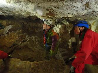 Grotte supérieure des Echelles